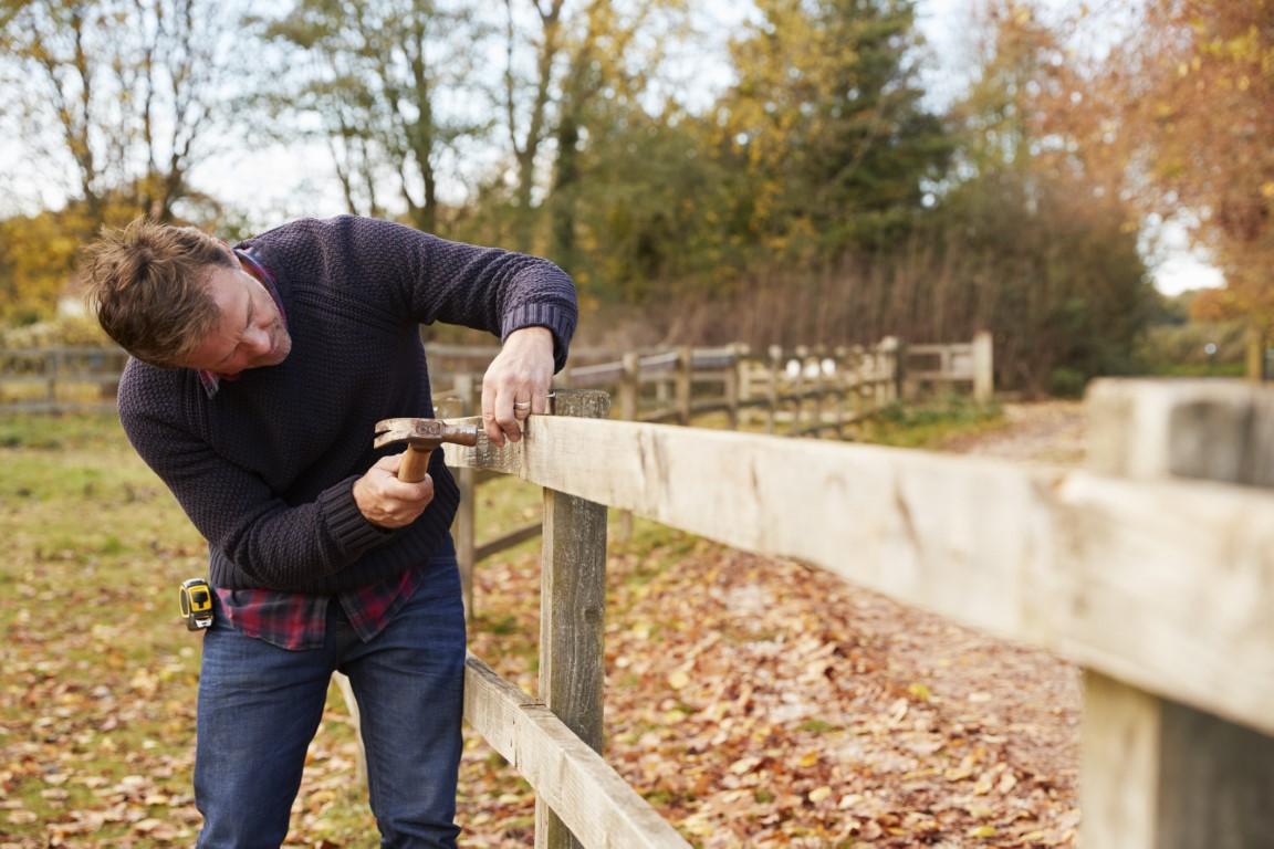 La réglementation de la hauteur du mur de la clôture qui sépare votre maison de votre voisin